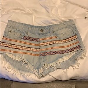 LF camar denim shorts size 27